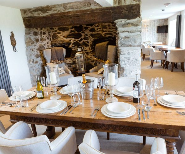 silver-bay-holiday-village-anglesey-the-deck-house-farmhouse-private-dining-1