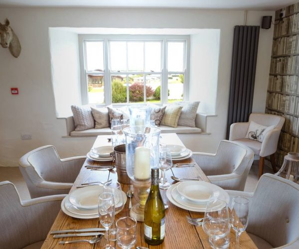 silver-bay-holiday-village-anglesey-the-deck-house-private-dining-deck-house